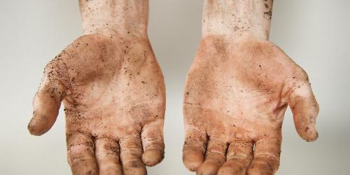 Mãos sujas